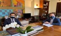 Επιτυχή έκβαση είχε η συνάντηση του Δημάρχου Αγίων Αναργύρων Καματερού Σταύρου Τσίρμπα με τον αναπληρωτή Υπουργό Εσωτερικών Στέλιο Πέτσα